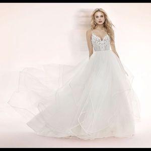 Hayley Paige Wedding Dress - Pepper Gown